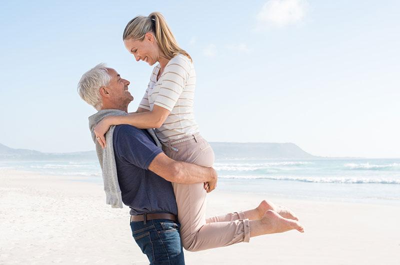 Pourquoi est-il si difficile de faire des rencontres après 50 ans
